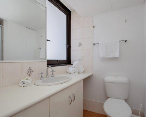 apartment-2-bedroom-superior-11